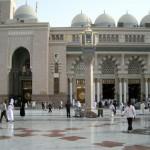 لماذا تذهب متأخرا الى الصلوات في المسجد