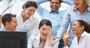 سبعة أخطاء تهدد علاقتك مع مديرك وزملاء العمل