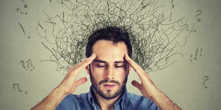 السبب الكامن وراء شعور الانسان بتكرار المواقف في حياته
