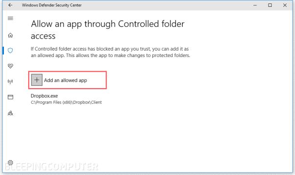 """الآن كُلُّ ماعلينا هو تحديد التطبيقات التي يمكنها الوصول إلى هذه الملفّات/المجلّدات أو التعديل عليها، عبر الخِيار """"Allow an app through Controlled folder access""""."""
